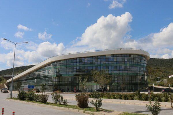 invest-in-izmir-TeknoparkIzmir-technology-development-zone-photos-01