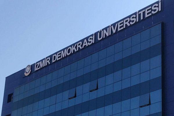 izmir-demokrasi-university-1